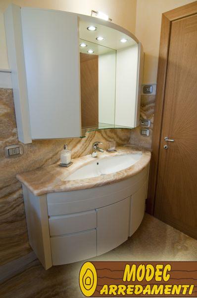 Ambienti personalizzati per il bagno MODEC ARREDAMENTI