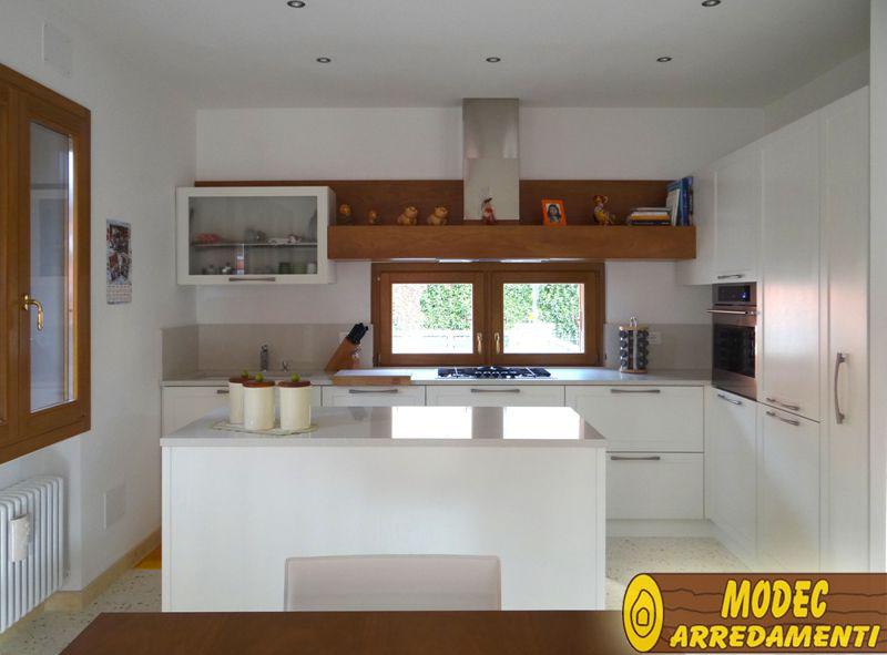 Ambienti personalizzati cucine classiche moderne - Cucine classiche moderne foto ...