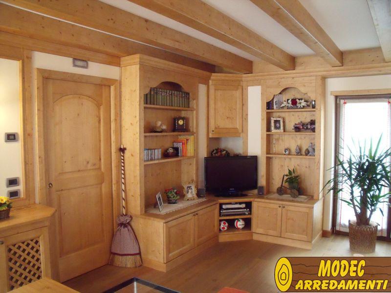 Arredi personalizzati rustici e per la montagna modec for Arredamenti rustici moderni